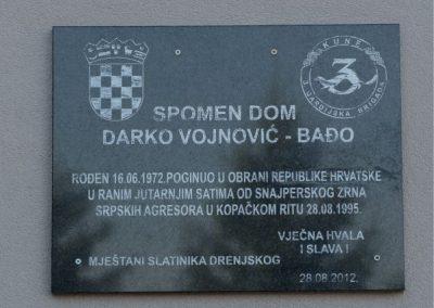 slatinik_drenjski_spomenik_domovinski_rat
