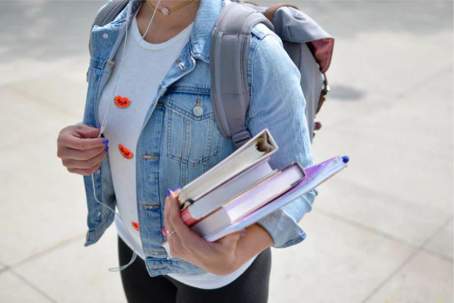 Natječaj za dodjelu stipendija učenicima i studentima s područja Općine Drenje za školsku/akademsku godinu 2019./2020.